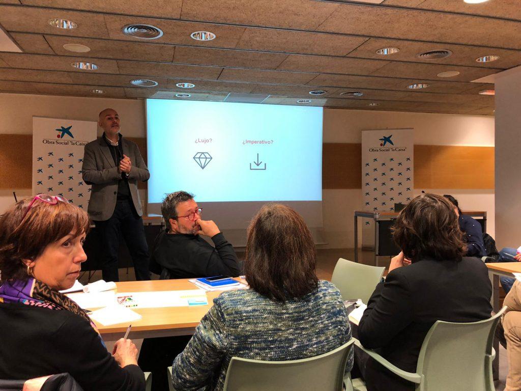 """FUNDACE CLM ha participado en una jornada formativa organizada por Fundación """"La Caixa"""" dirigida a potenciar la innovación de nuestros proyectos sociales"""